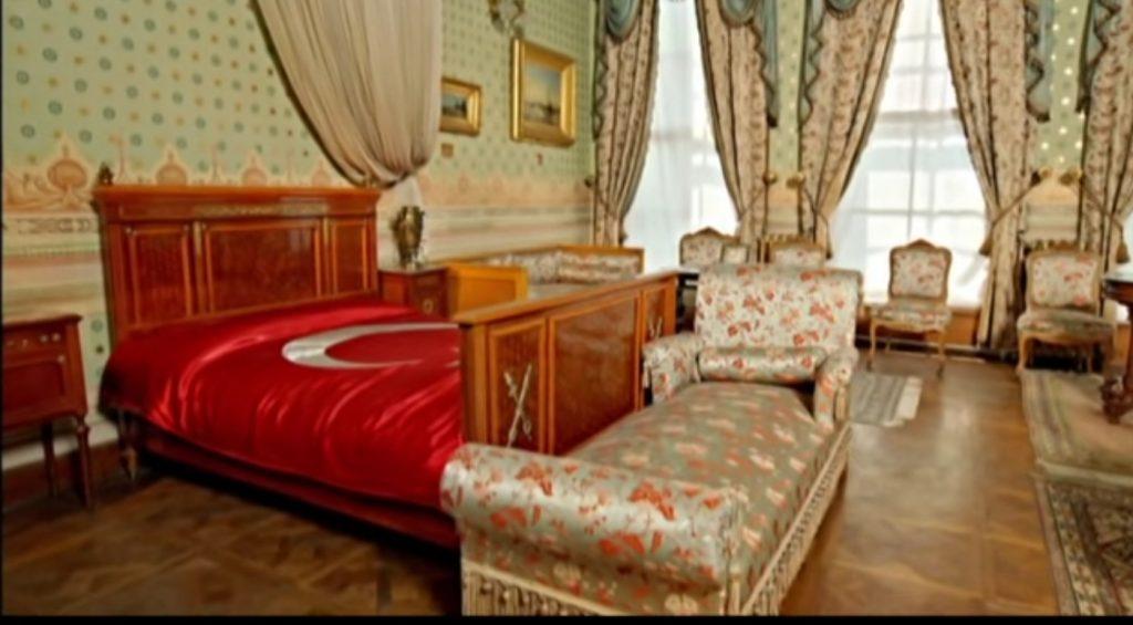 Dolmabahçe Sarayı Atatürk'ün Odası