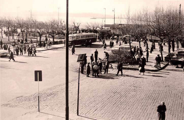 Kadıköy İskele Meydanı